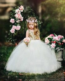 Wholesale cheap puffy dresses - Gold Sequins Cheap Wedding Flower Girls Dresses For Country Hollow Back With Sashes Puffy Tulle Girls Birthday First Communion Dresse