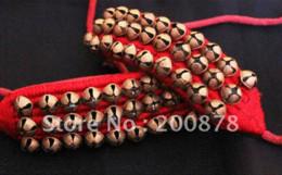 BB-261 Braccialetto di cavigliera danzante indiano fatto a mano, campanelli in ottone, nero e rosso, mescolare il rullo campanello a campana all'ingrosso da