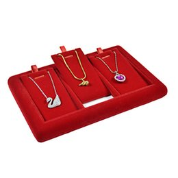 Wholesale Wholesale Wooden Easels - Red Velvet Jewelry Display Necklace Rack Pendant Display Stand 3 Slots Easel Necklace Pendant Jewelry Display Tray