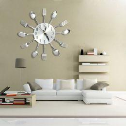 Disegni coltello da cucina online-3D orologi da parete fai da te decorazioni per la casa design moderno in acciaio inox coltello forchetta cucchiaio da parete analogico orologio da cucina al quarzo ago coltello forchetta clock + b
