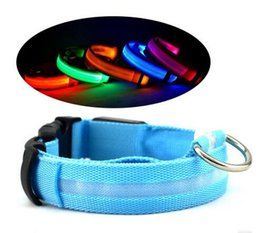 Wholesale Dog Led Battery - LED Dog Pet Collar Light Flashing Cat Necklace Night Safety Anti Lost Dogs Flashing Glow Battery