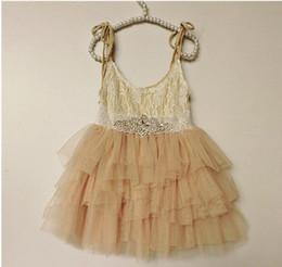 Kızlar prenses elbise Sıcak satmak çocuk Taklidi dantel kemer dantel çırpıcı elbise çocuklar dantel tül tutu kek elbise çocuk gün elbiseler A8690 nereden