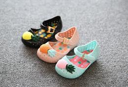 Wholesale Pineapple Patterns - Pineapple fruit Sandal Shoes Kids Sandals Childrens Shoes Boys Girls Jelly Sandals 2017 Summer Kids Footwear Children Sandals