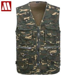 Wholesale Casual Male Camouflage Vest - Wholesale- 2016 Men's Multi-functional pocket Camouflage Vest Men Sleeveless Casual Cotton Jackets Male Camo Waistcoat Brand Clothing