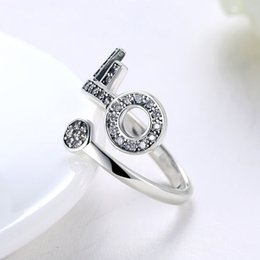Wholesale Unique Night - Unique Key Design Silver Rings with Flannelette box 100% 925 Sterling Ring Female Fashion Jewelry Party Night Club RG-167