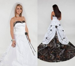 Wholesale Strapless Wedding Dresses Detachable - 2017 Camo Camouflage Wedding Dresses with Detachable Train Sweetheart Backless Handmade Flower Cathedral Train Forest Sexy Bridal Gown