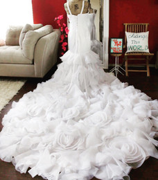 Wholesale Mermaid Dress Rosette - Rosette wedding dress lace and rosette bridal gown luxury wedding dress with long train pper Back Long Train Bridal Gowns Free Shipping