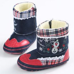 Wholesale Santa Claus Costume Boys - Baby warm Christmas shoes Cute snowman elk embroidery Santa Claus boots infants Xmas prewalkers for baby boys girls Xmas Costume props