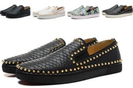 Wholesale Mens Studded Shoes - Red Bottom Sneakers Luxury Loafers Party Wedding Shoes,Roller Boat Designer snakeskin Leather with Spikes Studded trainers for mens womens