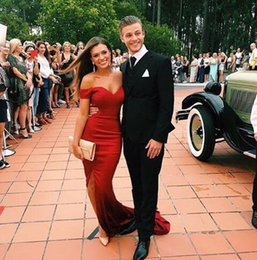 Wholesale Couples Summer Wear - 2017 Red Prom Dresses Black Girl Sexy Split Side Couples mermaid v-neck Fashion Red Carpet Gowns Formal Evening Party Wear Custom