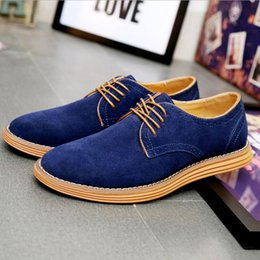 Wholesale Mens Suede Oxfords - Top Quality Suede Leather Men Flats Shoes Brogues Lace-up Bullock Business Men Oxfords Shoes Men Casual Shoes Mens Driving Shoe