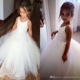 Wholesale Cute Cheap Tops - Cheap Flower Girls Dresses For Wedding Puffy Tulle Lace Top Spaghetti Formal Kids Wear For Party 2017 Cute First Communion Toddler Gowns
