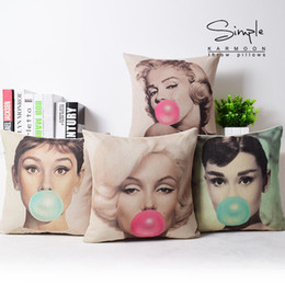Wholesale Marilyn Monroe Cushion Covers - 4 Styles Marilyn Monroe Audrey Hepburn POP Art Cushion Covers American Modern Style Home Decorative Cushion Cover Beige Linen Pillow Case