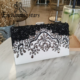 Wholesale Sexy Hand Bags - 2017 High Quality Bridal Hand Bags Fast Shipping Sparkly Diamonds Women Evening Prom Casual Clutches Sexy Lady Formal Party Minaudiere Bag