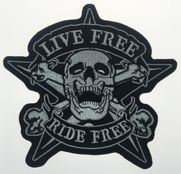 motorcycle badges Promo Codes - 2017 Original Skull LIVE FREE RIDE FREE Star Motorcycle Biker Vest Back Embroidered Patch Rider Punk Badge G0378 Free Shipping