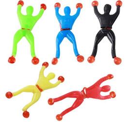 Superman spielzeug frei online-Großhandels100pcs / lot klettern Wandspinnenmänner, Supermann, Spielzeug der Kinder OPP Beutel-freies Verschiffen