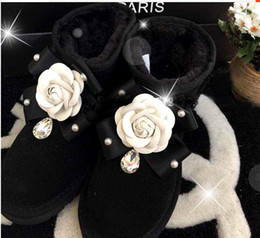 Wholesale Diamond Heel Boots - Free Shipping 2017 Australia version of sweet low barrel padded suede handmade pearl diamond camellia snow boots female boots tide