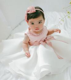 robes de baptême européenne bébé fille Promotion Princesse Fleur Robe De Baptême Perle Robe De Princesse Fleur bowknot Bébé Robe Fille Mariage Anniversaire Big Bow
