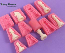 Nouveau moules à savon Fondant Cake moule d'échecs moules en silicone boulangerie mini muffin décoration outils Cake Decorating Tool ? partir de fabricateur