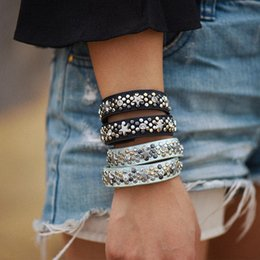 Wholesale Western Style Bracelets - New western punk style auger rivet retro bracelet women snap street multi layers leather bracelet factory price free shipping top quality