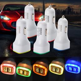 Diseño del cargador móvil online-Rocket Design Luz LED 5v 2a Dual USB Car Charger adapter Para teléfono móvil Universal coche de Cargador