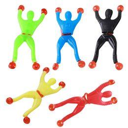 Produits de fantaisie jouets visqueux Escalade visqueuse Spider-Man une seule pièce Figurine gadgets amusants PVC Spiderman pour les jouets pour enfants ? partir de fabricateur