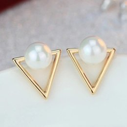 Wholesale Simple Earings - 2016 Girl Simple Studs Earings Fashion Jewelry Triangle Pearl Earrings Brincos For Women Gold Perle Boucles D'oreilles Femmes