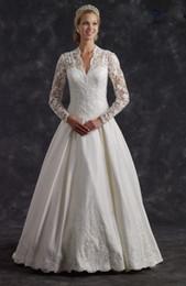 Wholesale Dresses Appiques - 2017 vestido de novia long sleeved wedding dresses for muslim brides lace appiques beaded v neckline chapel train
