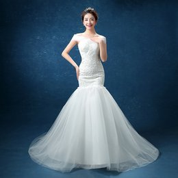 Wholesale Very Simple Wedding Dresses - Robe De Mariage 2017 Free Shipping Embroidery Bridal Gowns Lace Sexy Boat Neck And Very Beautiful Mermaid Wedding Dresses Vestidos De Noiva