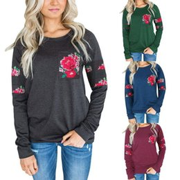 Wholesale floral pocket t shirt - Women Long Sleeve Sweatshirt Embroidered Pocket T-Shirt Blouse Casual Tees Loose Print Shirt Floral Pocket Blusas OOA3228