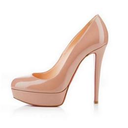 Zapatos de plataforma beige online-Diseñador de la marca Negro de cuero mate dedo del pie redondo Red Bottom tacones altos, moda mujer desnuda de cuero brillante zapatos de vestir de plataforma impermeable 14 cm