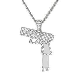 Encantos de jóias com pistola on-line-Novas Mulheres Homens Rifle Pistol Iced Out Rhinestone Cristal Charme Ouro Revólver Pingente de Colar de Moda Hip hop Jóias