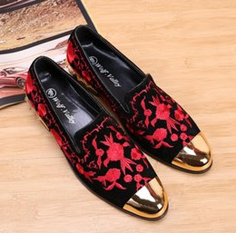 2019 Promotion New spring Men Velvet Loafers Party wedding Shoes Europe Style  gold Embroidered Velvet Slippers Driving moccasins PX55 discount embroidered  ... 0c75ea8d4b22