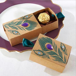 Wholesale New European Favor Box - New European Design Peacock feather candy box kraft paper gift packaging for sweets tea dim sum wedding favors