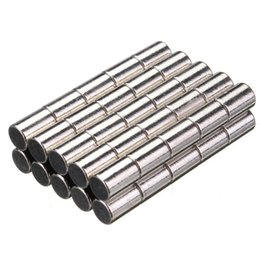 Seltene starke magneten neodym online-50pcs N52 starker Zylinder Magnete Seltene Erde Neodym 4 * 6MM