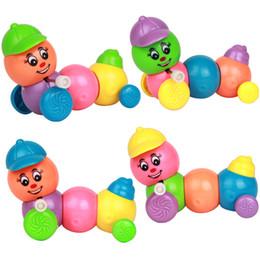 2019 jouets en plastique de chenille Une chaîne de chenille chapeau chapeau coloré en plastique jouet décrochage bonne offre promotion jouets en plastique de chenille