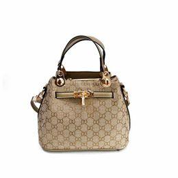 Wholesale Modern Cell - 2017 Fall and Winter New Fashion women designer bags Euramerican Fashion Texture surface kely star modern stylish fashion designer clutch b