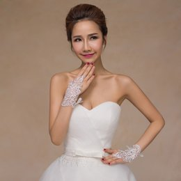 Wholesale Bridal Lace Beads - In Stock Free Shipping Ivory Lace Fingerless Appliques Beads Gloves Short Bridal Wedding Gloves