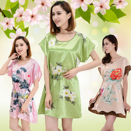 Wholesale New Arrival Faux Silk Sleepwears For Womens Ladies Girls Fashion Soft Butterfly Flower Nightgowns Dresses Robe Nightwear Gift