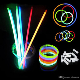 Wholesale Toy Wands - Wholesale Rushed Sale 20CM Glow Stick Bracelets Necklaces Neon Party LED Flashing Light Wand Novelty Toy Vocal Concert Flash Sticks