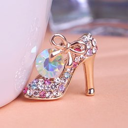 Wholesale Shoe Brooches Clips - Wholesale- Crystal High Heel Shoes Brooches Women Weddings Jewelry Broches Collar Hijab Pin Up Islam Muslim Broach Jewellery Garment Clips