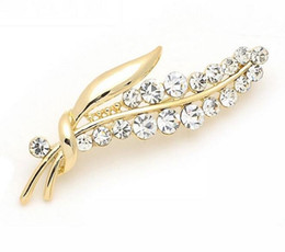 Wholesale Nickel Gold Plating - Noble Luxury 18K Gold Plated Crystal mde with Swarovski Elements Leaf Brooch Pins for Women Health Jewelry Nickel Lead Free Factory Price