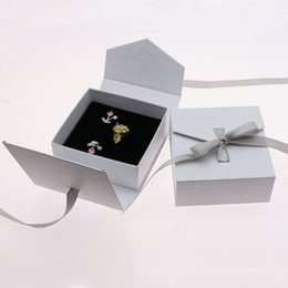 Wholesale display bows - Delicate Bow Jewelry Display And Packaging Ring Boxes Cardboard Fancy Earrings Storage Organizer Casket Gift Box ZA4030