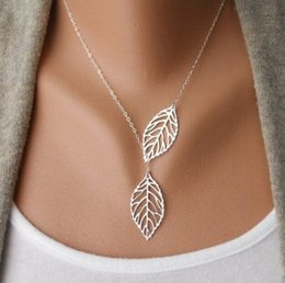 Wholesale Vintage Wedding Necklaces - Wholesale- 2017 New Vintage Big Leaf Pendant Necklace Clavicle Chain For Women fashion necklace Wedding Event Jewelry