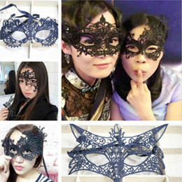 Wholesale sexy cat woman halloween - Lace Halloween Masks Lovely Party Venetian Masquerade Half Face Lily Woman Lady Sexy Mardi Gras Half Masks Venetian Eye