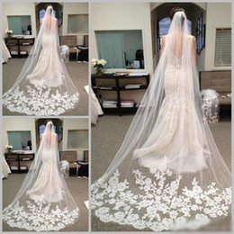Wholesale Nets Stockings Red - 2017 Best Selling Cheapest In Stock Long Chapel Length Bridal Veil Appliques 2016 Veu De Noiva Longo Wedding Veil Lace Purfle with Comb