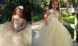 Wholesale Multi Color Tulle Ankle Dress - 2017 Kids vintage dresses gold for girls Pageant Formal 12y first holy communion dresses tulle arrivals with bows children with hand flowers