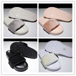 Sandalias rosas para niñas online-Rihanna Fenty Slides con cajas originales Leadcat Shoes Pink Black White Grey Womens Slippers Sandalias de interior Girls Fashion Scuffs 35-40