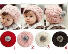 Cappello di berretto da maglia della neonata online-2017 New Baby Winter Hat Knit Crochet Baby Beret Girl Cap per bambini Cotton Warm Cap Carino Warm Kid Beanie Unisex