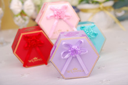 Wholesale New Years Boxed Card - 100 Pieces Lot Wedding Supplies Candy Boxes 2017 New Arrival Four Colors Wedding Party Favor Holders